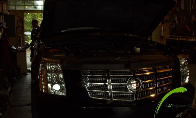 Газов инжекцион Cadillac Escalade